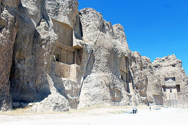 Naqhsh-e Rostam. Complesso archeologico. Tombe